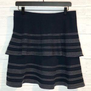 Banana Republic navy tired skirt w white stitching